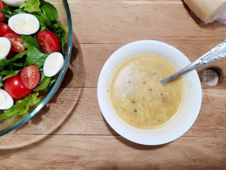 Соус для салата «Цезарь» - пошаговый рецепт заправки с фото ...