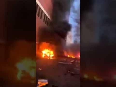 Автомобиль взорвался в центре Нэшвилла (штат Теннесси) в пятницу утром. - YouTube