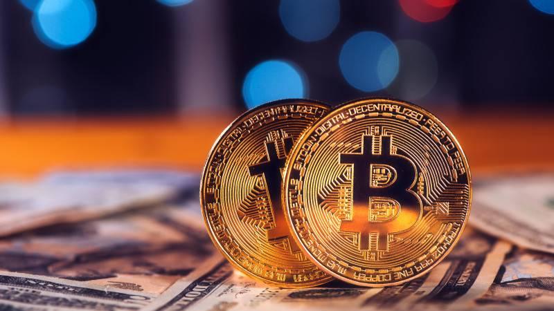 Что происходит с рынком криптовалюты: стоит ли покупать биткоин сейчас