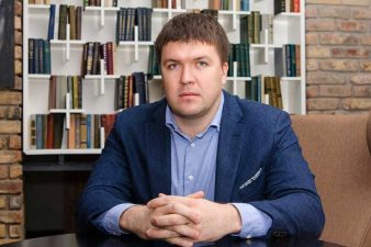 Евгений Мирошников и его работа в департаменте цифрового развития
